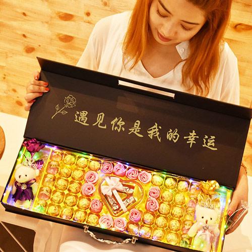 费列罗金箔玫瑰巧克力礼盒