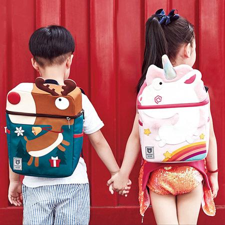 迷途娃娃可爱双肩女童书包