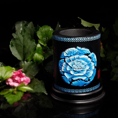 牡丹花活性炭雕笔筒 花开富贵