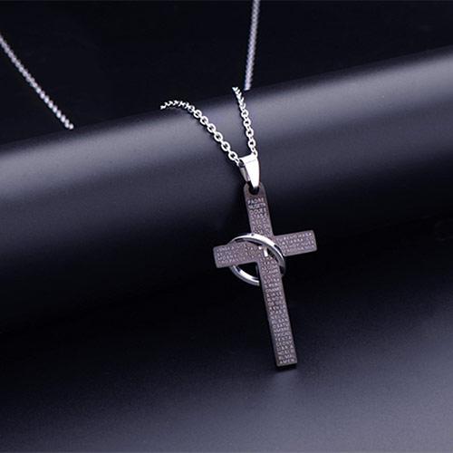恶魔翅膀男士十字架磁石项链