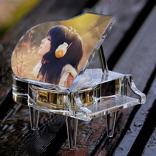 MP4水晶钢琴音乐盒 定制照片