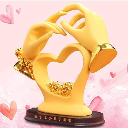 恩爱一生情侣雕塑摆件
