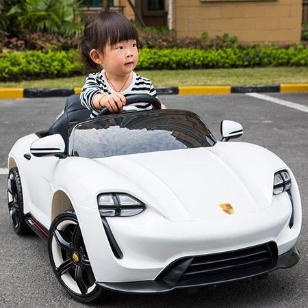 奥迪R8儿童电动玩具车 儿童汽车