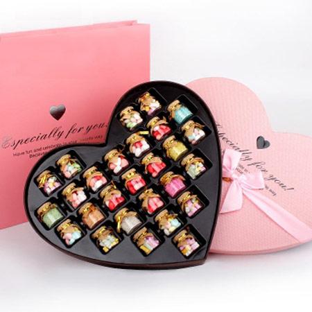 送女友许愿瓶心形糖果礼盒