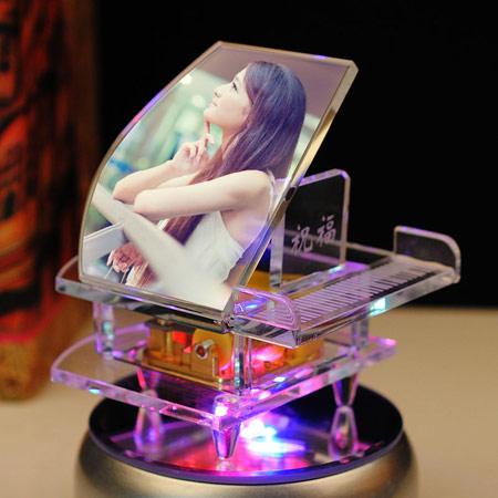 浪漫水晶钢琴八音盒 个性定制