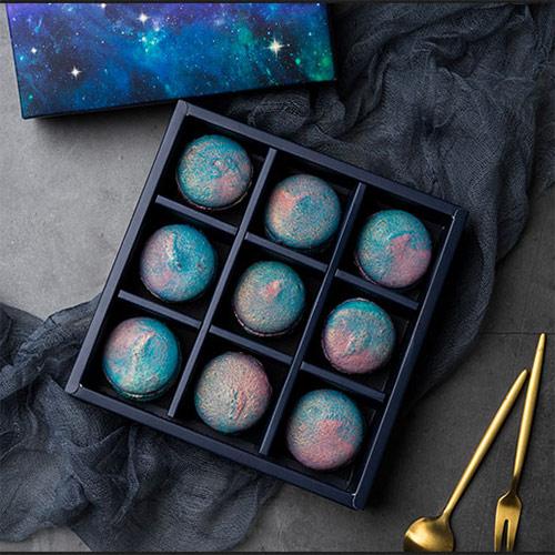 魔吻进口纯黑巧克力月饼礼盒