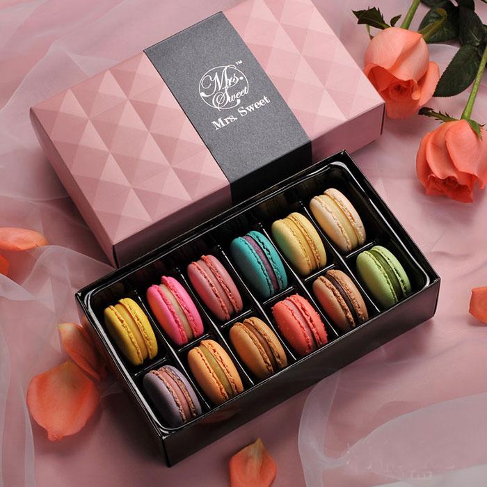 法式马卡龙12枚甜点礼盒